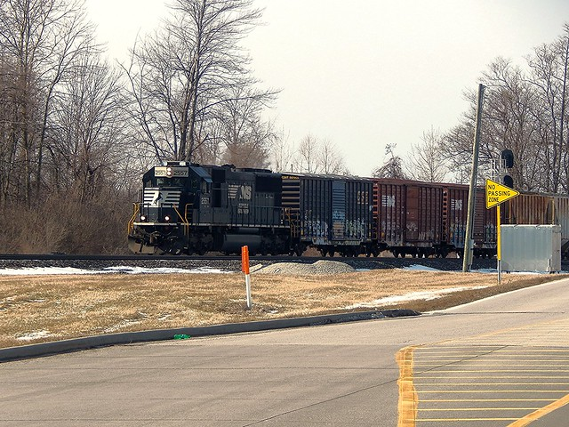 NS local at New Haven Indiana