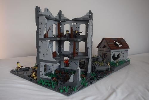 LEGO WW2 destroyed house