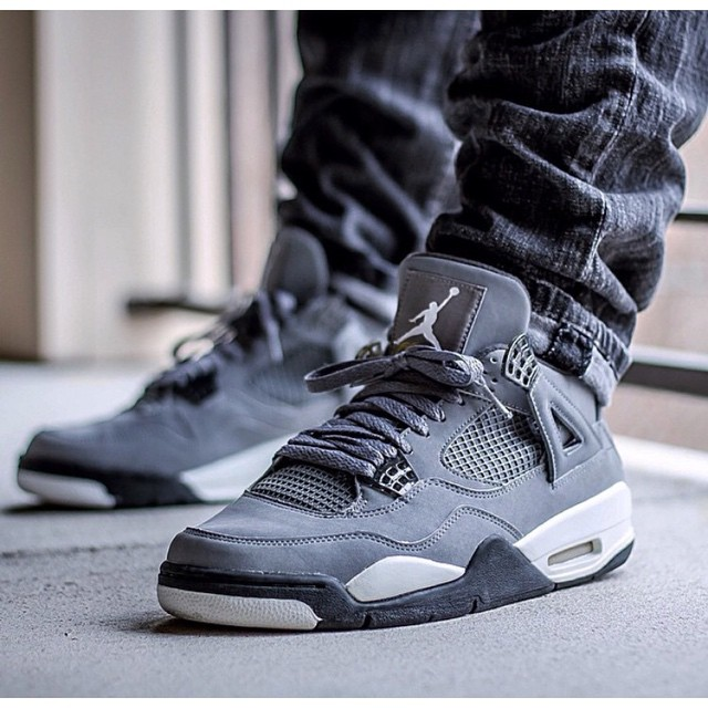 huge selection of e6ca9 fbb5d Air Jordan 4 'Cool Grey' on the feet of @kickgame77 Sneake ...
