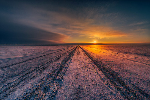 road morning winter snow canada sunrise photography dawn nikon canadian prairie saskatchewan d800 ianmcgregor ianmcgregorphotographycom