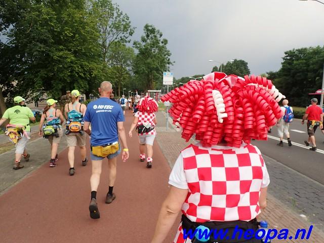 2016-07-22   4e     dag Nijmegen      40 Km   (11)