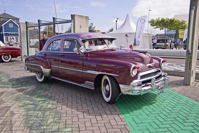 Chevrolet Styleline DeLuxe Sedan (Serie 2100JK) 1951 (0443)
