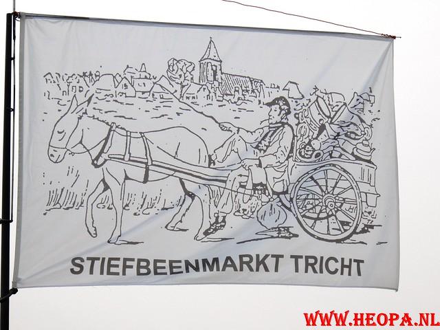 16-04-2011     Rode-Kruis   Bloesem   wandeltocht 26 Km (30)