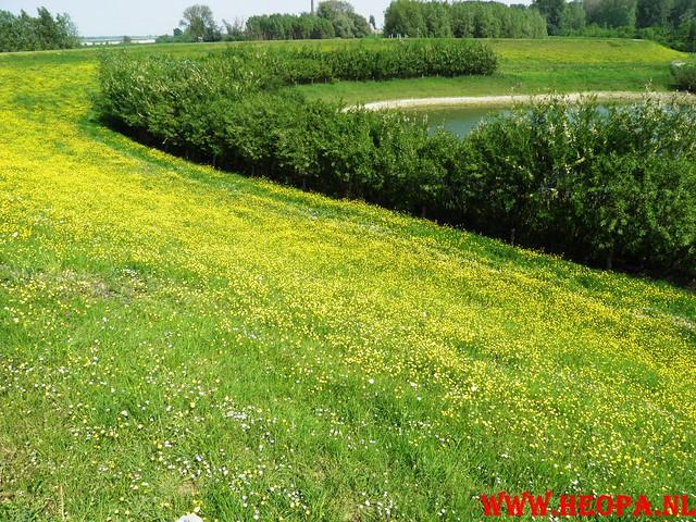 30-04-2011   Boven-Leeuwen  40 Km (51)