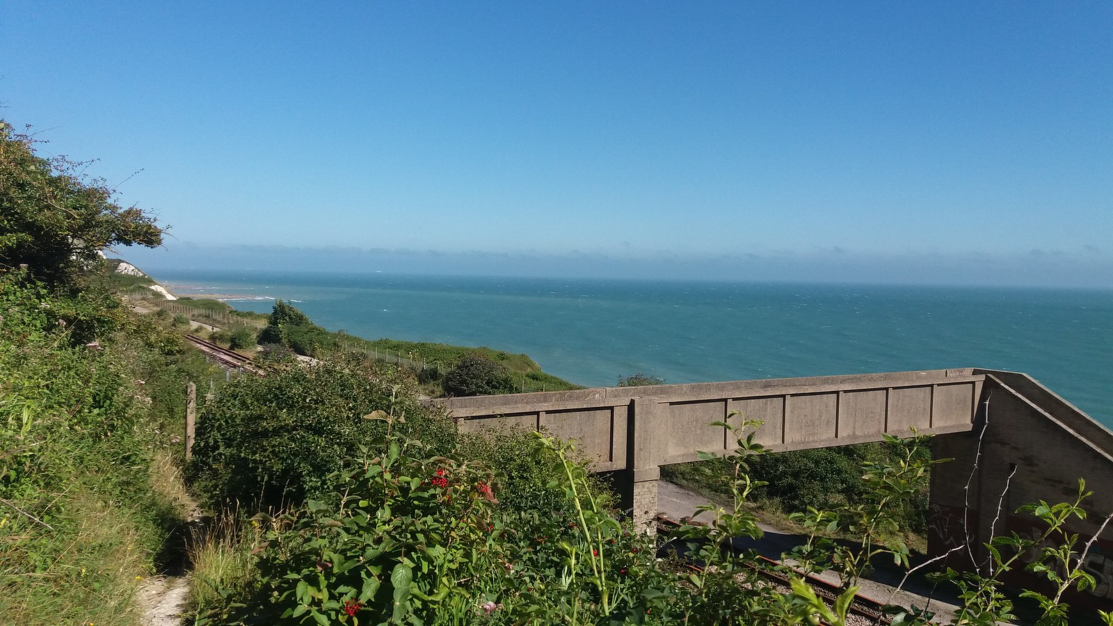 20160812_153313 Folkestone Warren - footpath bridge over the rail line