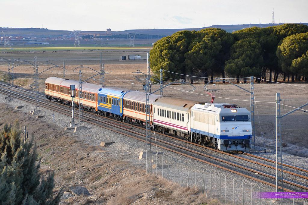 El tren de los 80 por GOMEZNARRO
