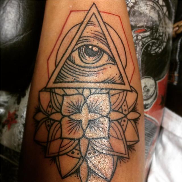 Triangle Eye Mandala Flower Tattoo Tattoos Tattooer Flickr