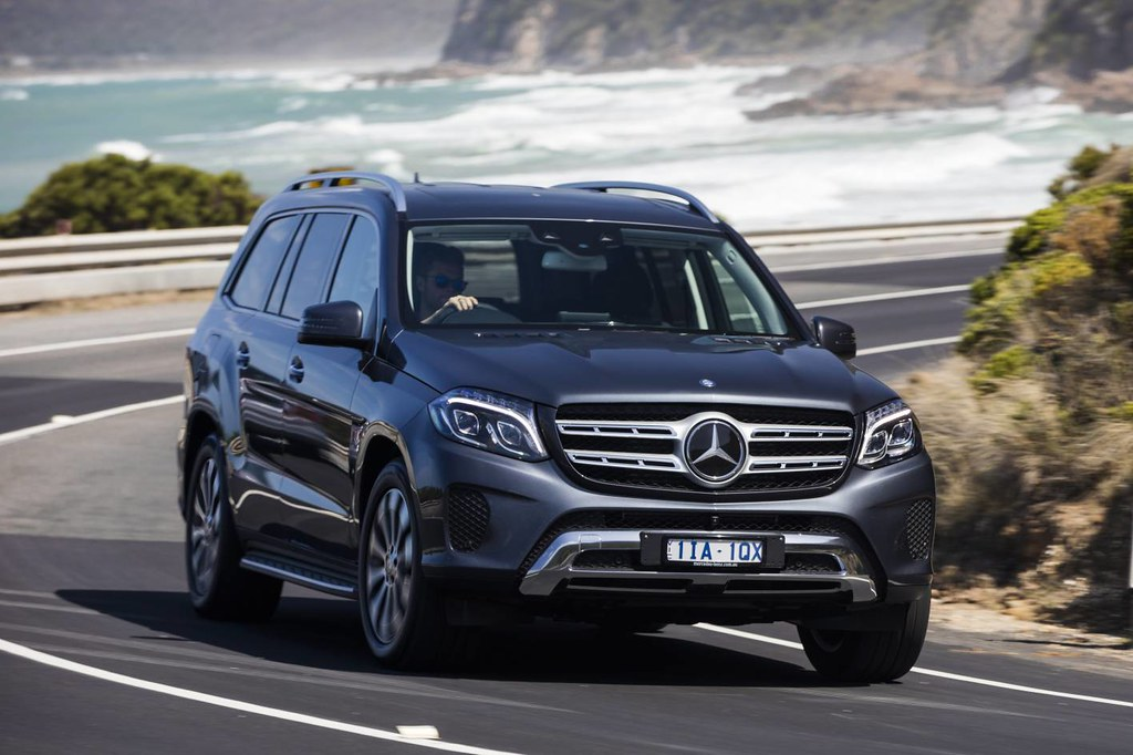 Mercedes-Benz GLS 350d First Drive