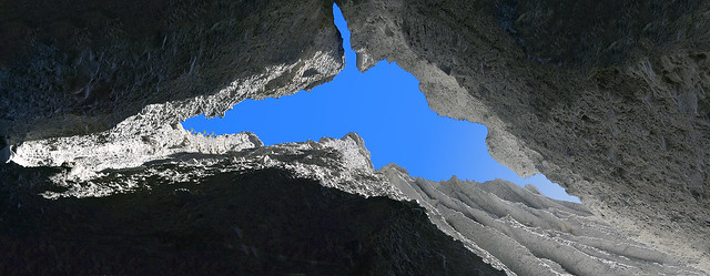 Putangirua-Pinnacles-Looking-Up-Panorama-01