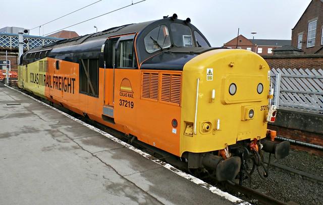 COLAS Rail Class 37 37219 - Doncaster