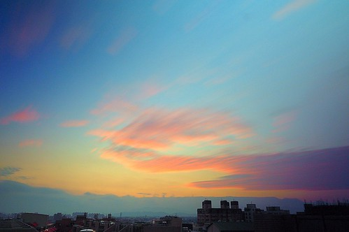 jan 01 2015 一月 sunrise rooftop 頂樓 cloudy 深耕 glow 日出 weather