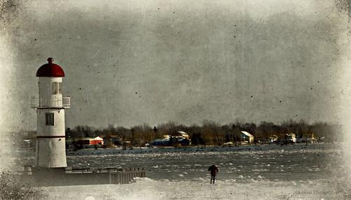 lighthouse nikon montreal winterlandscapes fleuvestlaurent 34thavenuepier montrealinwinter montreallachine nikond5200 19thcenturylighthouse