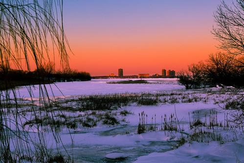 winter sunset snow ice river soleil montréal hiver coucher rivière stlawrence lasalle neige stlaurent coucherdesoleil glace fleuve fleuvestlaurent îledessoeurs