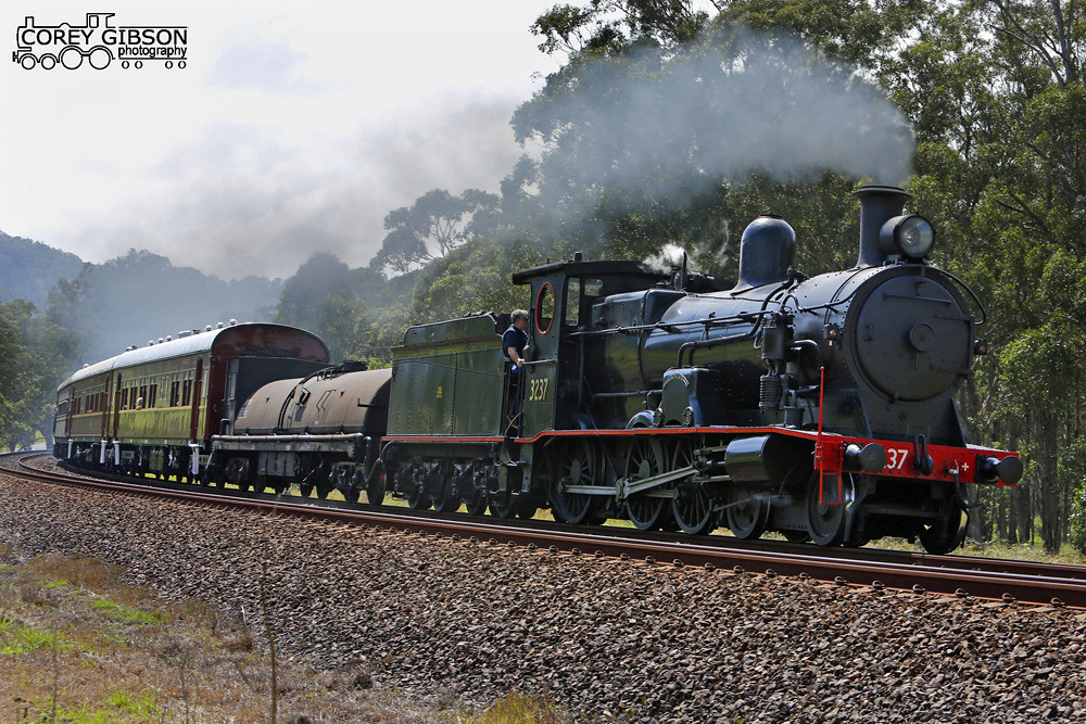 3237 rounds Razorback curve bound for Thirlmere by Corey Gibson