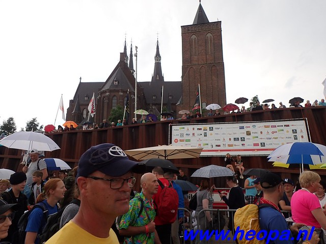 2016-07-22   4e     dag Nijmegen      40 Km   (108)