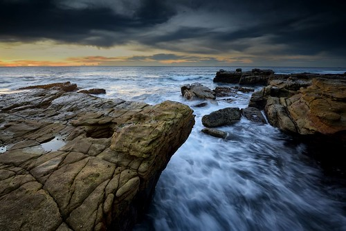 swanseaheads newsouthwales australia nikond750 nikon1635mmf4 seascape ocean rocks watermovement shore goldenlight