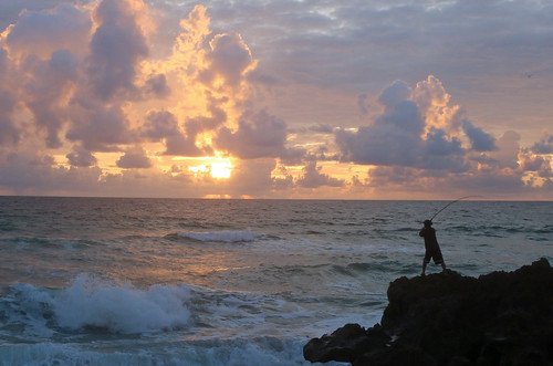 sun fish sunrise fisherman rocks surf florida stuart cast rise houseofrefuge hutchinsonisland