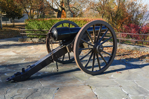 Battle of Lookout Mountain - Canon at Point Park