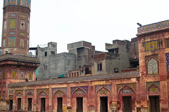 Wazir Khan Mosque / Old city