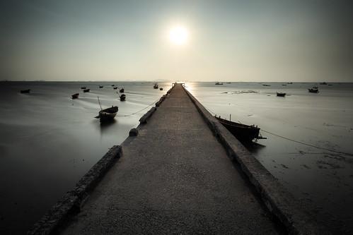 morning bridge sunset sea sky sun lake seascape beach nature water silhouette sailboat port marina sunrise landscape thailand bay harbor pier day sailing space horizon over scene resort samui mast phuket relaxation copy motorboat changwatchonburi tambonbangphra