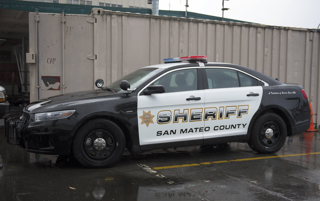 SMSO Taurus | San Mateo County Sheriff's Office Ford Taurus