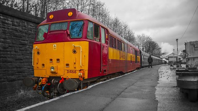 Class 31466 EWS at Bury Bolton Street 01.03.2015 RetroShoot