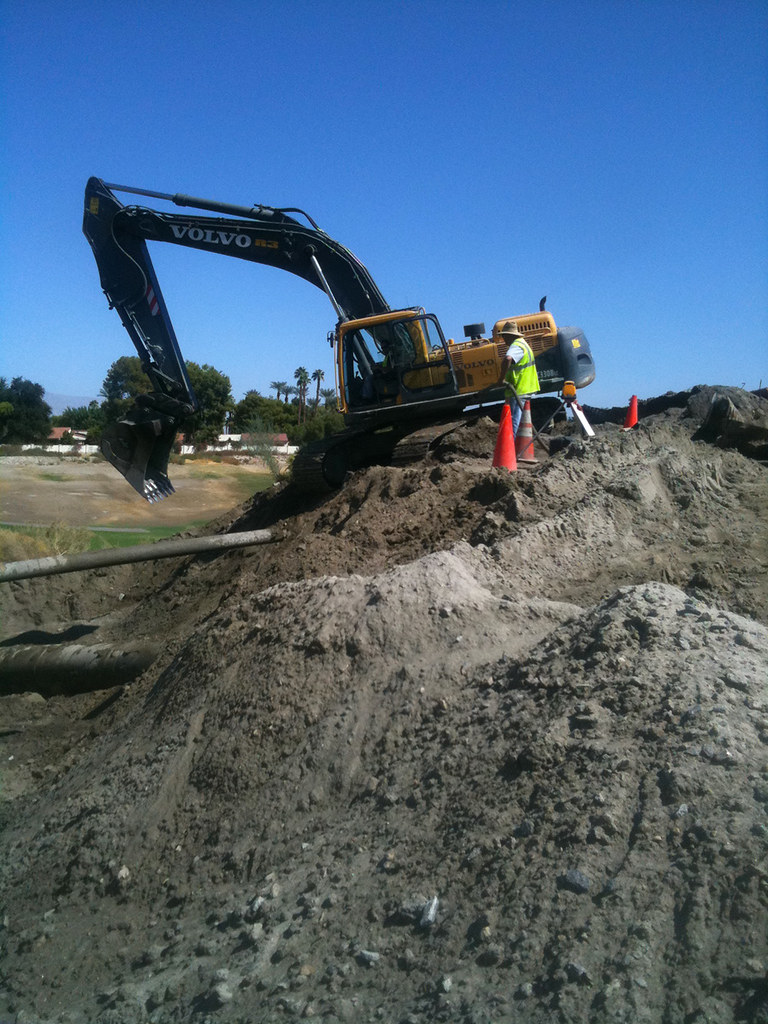 R3 Contractors Photo Gallery - Pipeline and Underground Utilities
