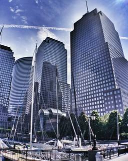 NYC glass  #Newyork #nyc #newyorkcity #manhattan #Photo #Photography #Travel #travelgram #trip #iloveny #ilovenyc #newyorkphoto #instacool #instanewyork #mynyc #bigapple #Architecture #archilovers #thebigapple #igers #newyorknewyork #narcitynewyork #likes | by Mario De Carli