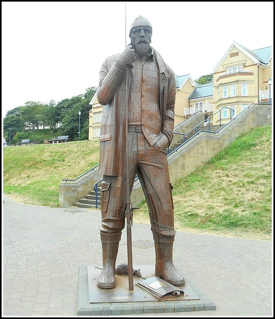 Giant Sculpture ..