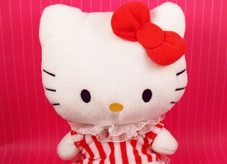 Hello Kitty plush | by partymonstrrrr