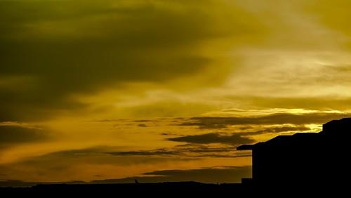 silhouette buildings evening orange lakeside singapore landscape light sun nature