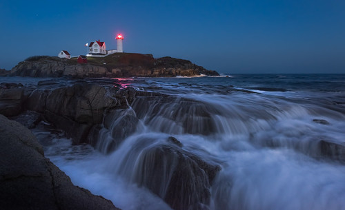 ocean york longexposure travel blue usa lighthouse seascape beach water horizontal landscape twilight rocks unitedstates maine atlantic explore bluehour capeneddick nubblelighthouse