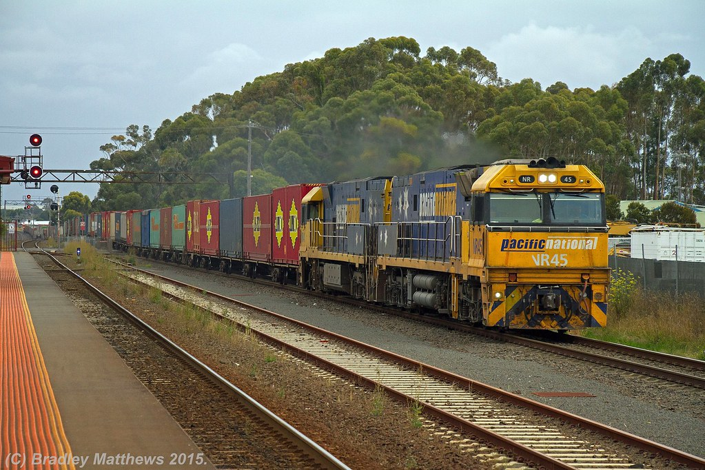 NR45-NR41 with 4PM6 up PN freight from Perth to Melbourne at Lara (31/1/2015) by Bradley Matthews