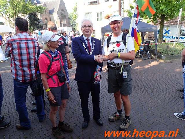 2016-07-21   3e  dag Nijmegen   40 Km  (45)