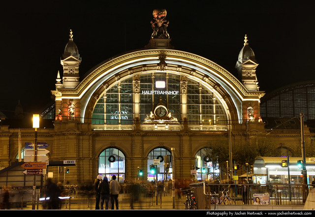 Hauptbahnhof @ Night, Frankfurt, Germany