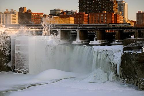 railroad bridge winter snow ice train waterfall nikkor75300mmf4556afzoom sonyalpha7rilce7ra7r sony0mmf00