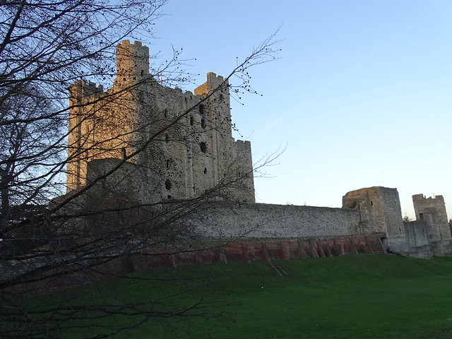 Rochester Castle on a winters evening (7)