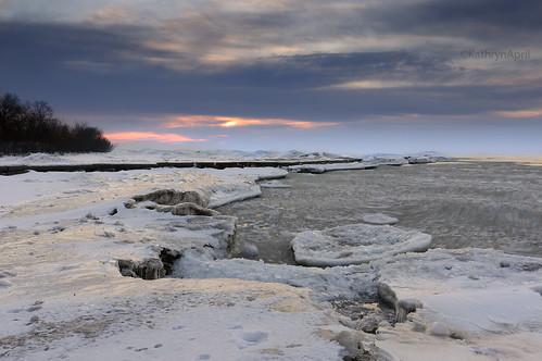 winter wisconsin sunrise wintersunrise icyshoreline shooppark icysunrise