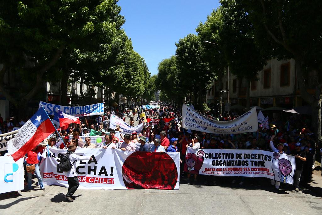Marcha multisectorial por demandas sociales