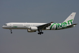 EC-LBC. B-757/200. Mint Airways. BCN.