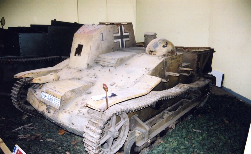 Infanterie Schlepper UE 630 3