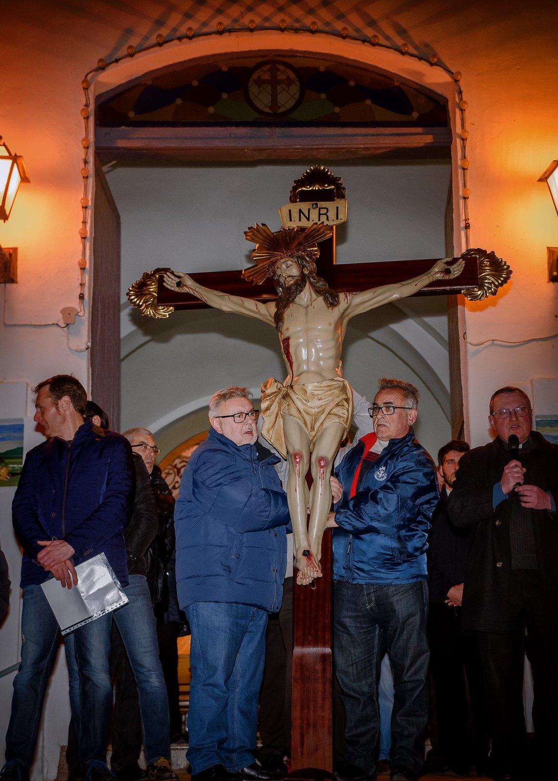 (2018-03-23) - IX Vía Crucis nocturno - Luis Poveda Galiano (02)