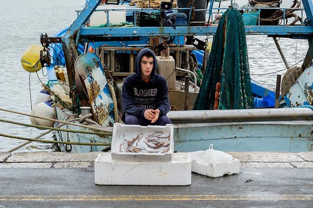 Trani - Puglia - Italia --- Young fisherman