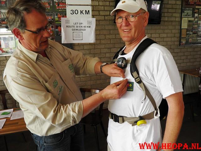 30-04-2011   Boven-Leeuwen  40 Km (61)