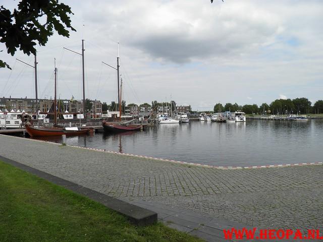 01-09-2011 Almere  Wandeling 20 Km  (6)