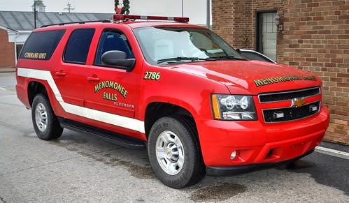 Menomonee Falls Wisconsin, 12-18-2014, Chevrolet Suburban Command Unit 2786, 24 degrees outside (3) Photo