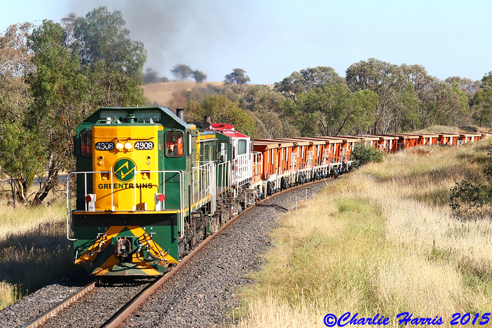 GT 4903 869 48s36 on 8M36 West of Euchareena 100mm sm on Tuesday 24-02-2015 by Charlie Harris