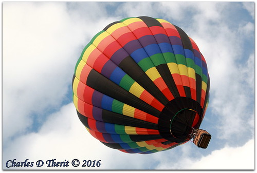 labordayliftoff ldlo 1320 5d 5dclassic 5dmark1 5dmarki 70mm 80 bluesky canon cloudysky colorado coloradosprings darksunrise ef28300mmf3556lisusm eos5d explore hotairballoon rainbowofcolor superzoom unitedstates usa whiteclouds 2016 balloon balloons city co cool crowd crowded crowds event explored festival fun geo:lat=3882831660 geo:lon=10479891560 geotagged happy hotair knobhill landscape memorialpark northamerica party photo photograph pic picture pretty prospectlake renown esplora
