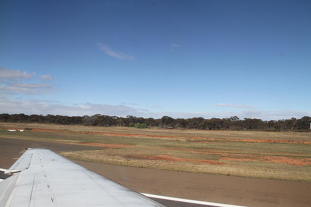 Qantaslink717-23S-VH-NXE-38