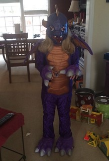 Catie wore her Spyro (Skylanders) costume to Comic-Con. | by poobou